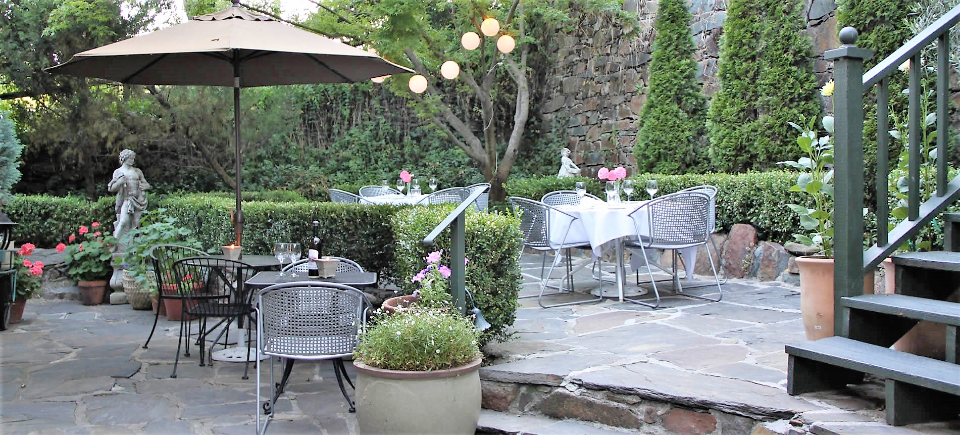 garden patio for events, gatherings, wine country celebrations